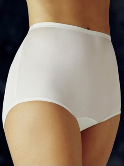 Picture of Vanity Fair #15712 Perfectly Yours Ravissant Brief Panty 20% Off