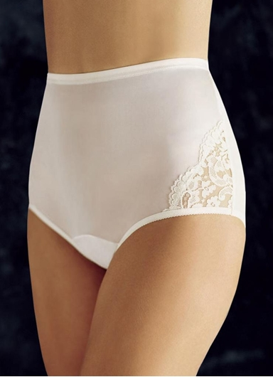 White lace nouveau brief